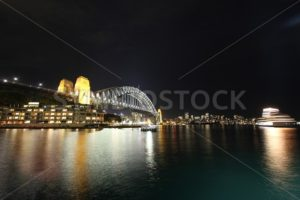 Sydney Harbour Bridge - Symbiostock Express Demo